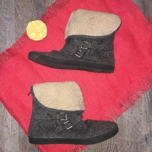 Blowfish boots size 7